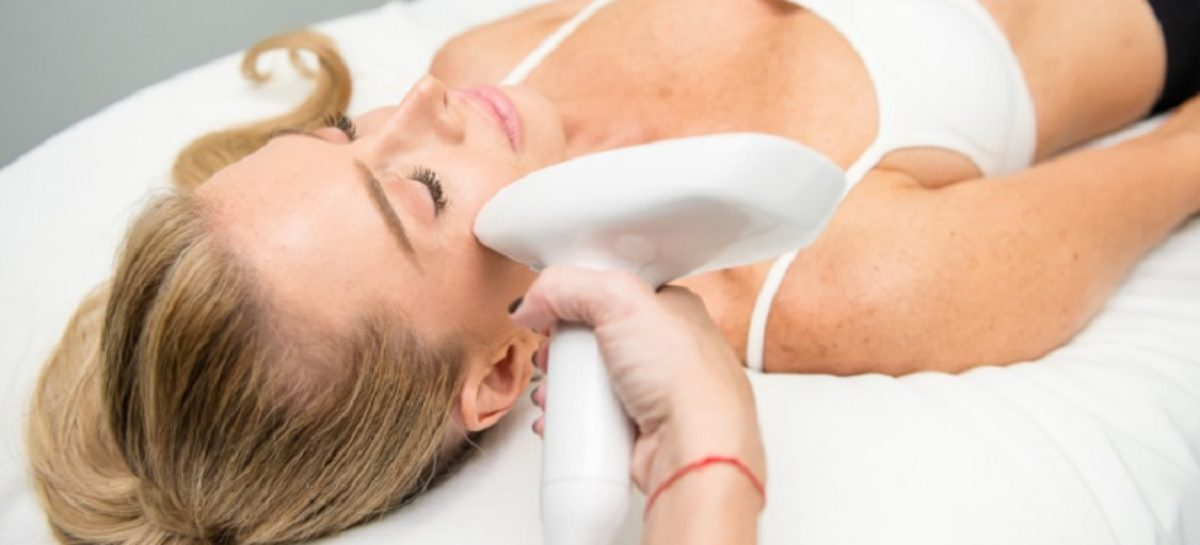 Laser Skin Tightening 101: An Overview of Benefits, Risks, and Recovery time