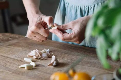 10 Awesome Health Benefits of Garlic