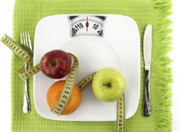 Can you lose weight or gain weight without any medicines?